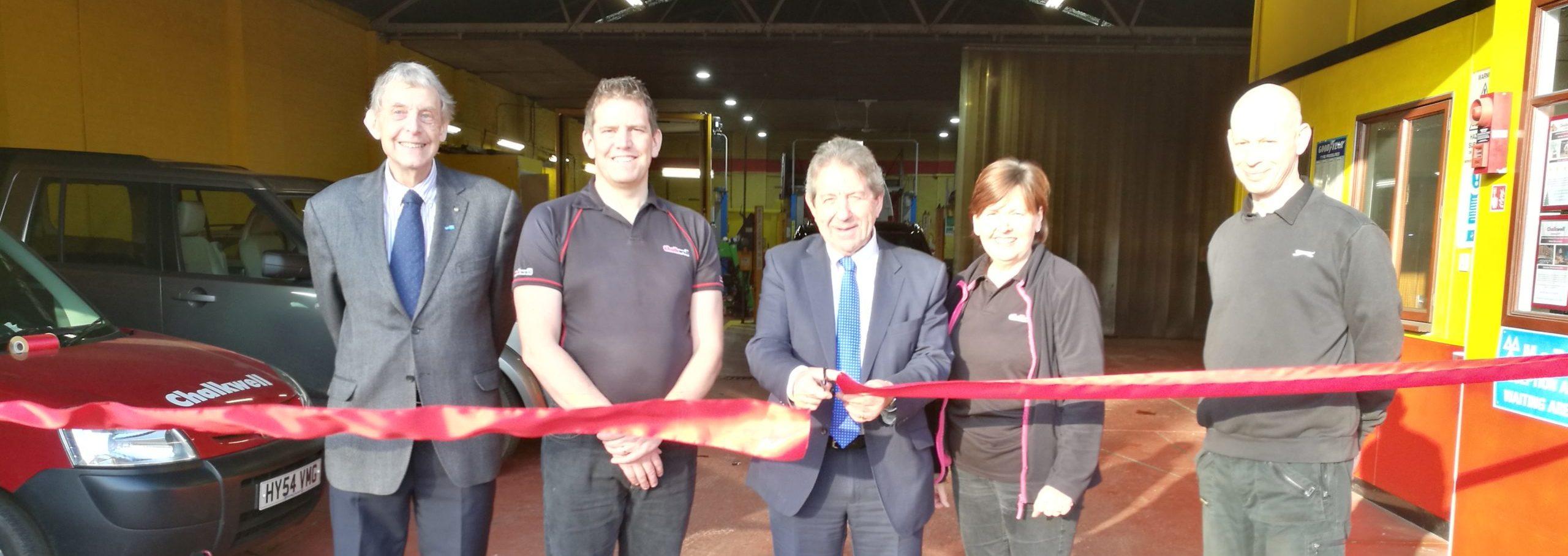 Gordon Henderson MP Relaunches Chalkwell Garage